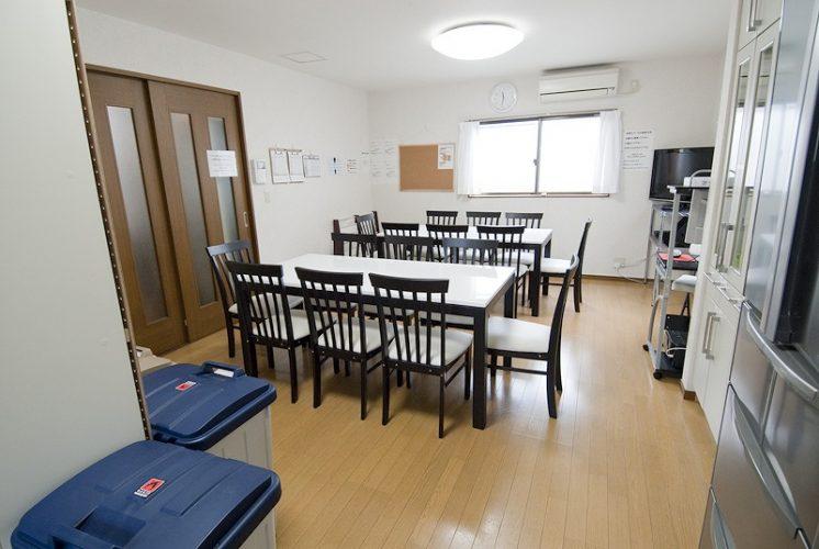 新宿にあるシェアハウスのリビング