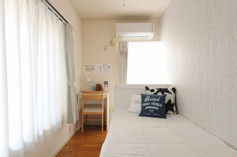 Private room of the share house in Sinagawa1