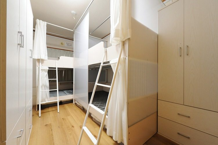 Dormitory room of the share house in Sinagawa1