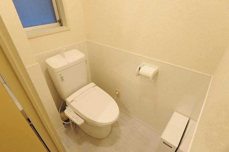 Toilet in the share house in Sinagawa1