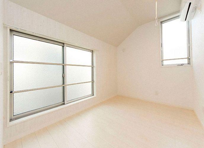 Tokyo, Sharehouse, Xrosshouse, housing, real estate, private room, cheap, living, Japan, study abroad, dormitory,Yoyogi Uehara,Shimokitazawa, Omotesando,Odakyu Line, Chiyoda Line, Shibuya-ku,